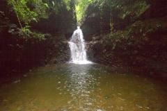 Waterval met zwempoel